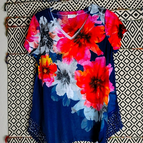 True and Blue Floral top